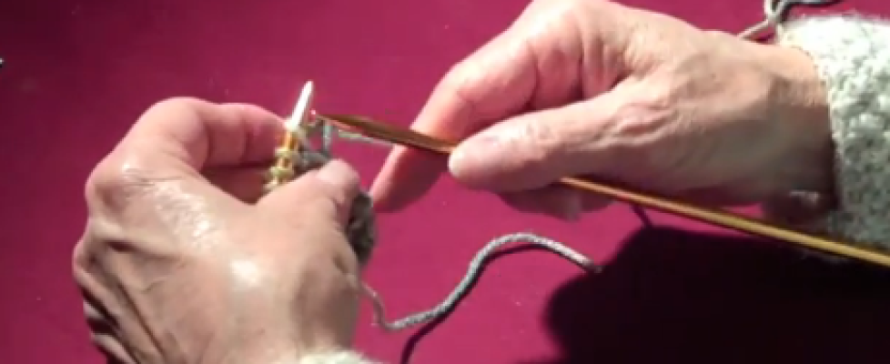 how to knit backwards to fix mistakes